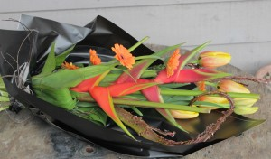 Gallery of Designs from our Workshops and Courses tropical-hand-tied-300x176
